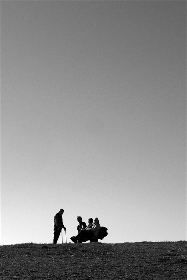 ©Neil Turner, March 2013. Family enjoying an early spring afternoon near Fisherman's Walk in Bournemouth, Dorset.