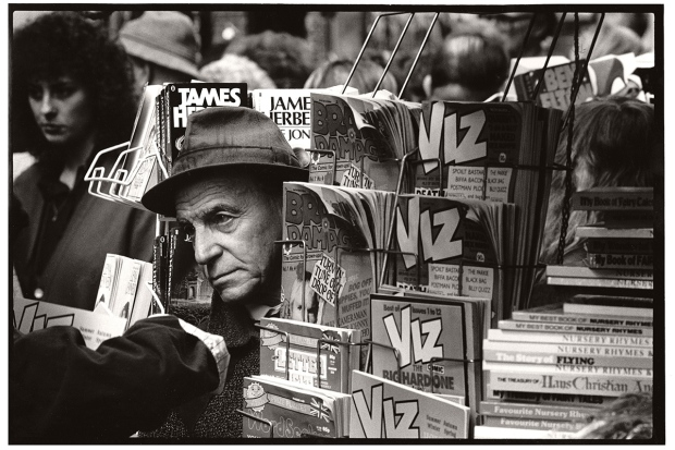 ©Neil Turner, 13th February 1990. Whitecross Street Market, London EC1.